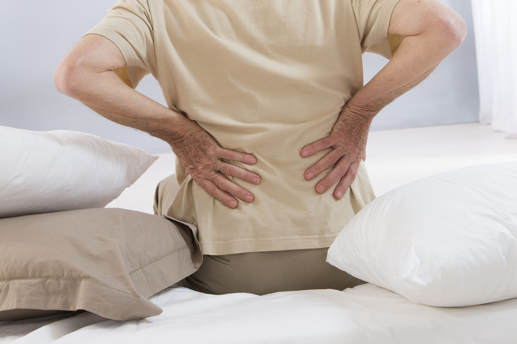 How To Naturally Manage and Relieve Back Pain